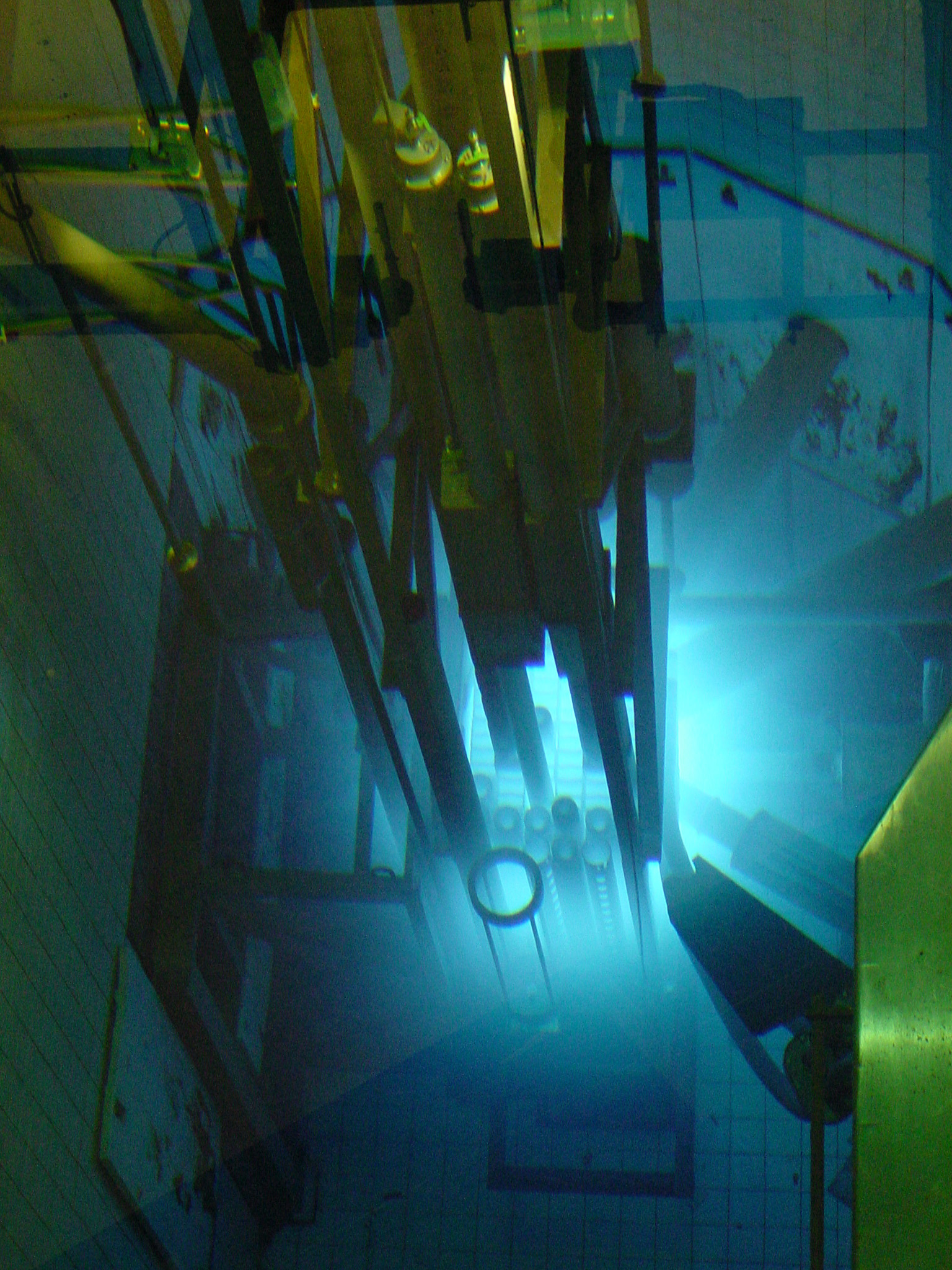 Research reactors canadian nuclear association for Pool design reactor